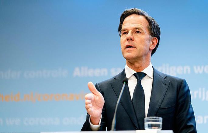 Sốc: Hà Lan hủy giải VĐQG, Ajax vuột ngôi vô địch - Ảnh 1.