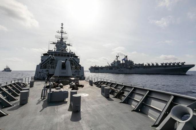 Úc điều tàu chiến đến biển Đông tập trận với Mỹ - Ảnh 1.