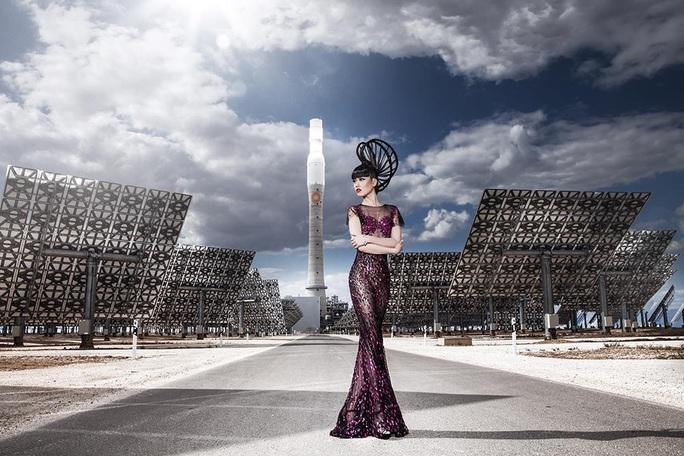 Siêu mẫu quốc tế Jessica Minh Anh phấn khích tham gia phim hành động 578: Phát đạn của kẻ điên - Ảnh 4.