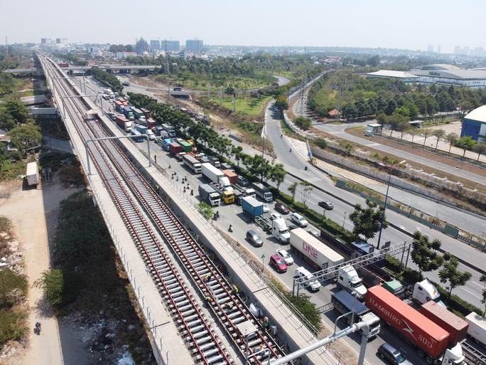 Tuyến metro Bến Thành - Suối Tiên: Diện mạo mới ga Nhà hát TP - Ảnh 6.