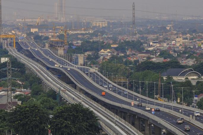 Indonesia hoãn dời đô, Philippines phong tỏa thủ đô đến 15-5 - Ảnh 1.