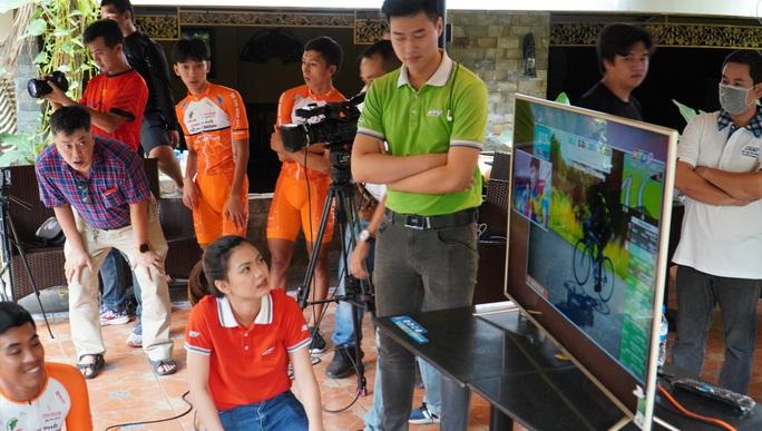 Cuộc đua xe đạp thực tế ảo tranh cúp truyền hình TP HCM - Niềm tin chiến thắng - Ảnh 3.