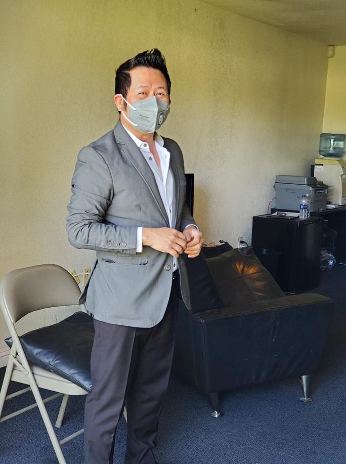 Áo trắng áo xanh tri ân y - bác sĩ tuyến đầu chống dịch Covid-19 - Ảnh 6.
