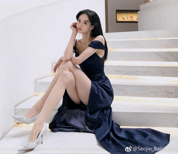 Người mẫu Ban Seo Jin tố cáo bị CEO công ty quản lý bạo hành - Ảnh 3.
