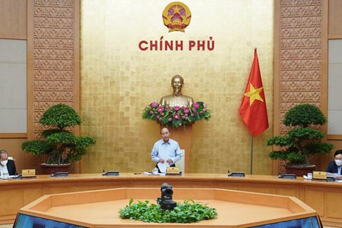 Thủ tướng: Không để tình trạng tay không bắt giặc trong xuất khẩu gạo - Ảnh 1.