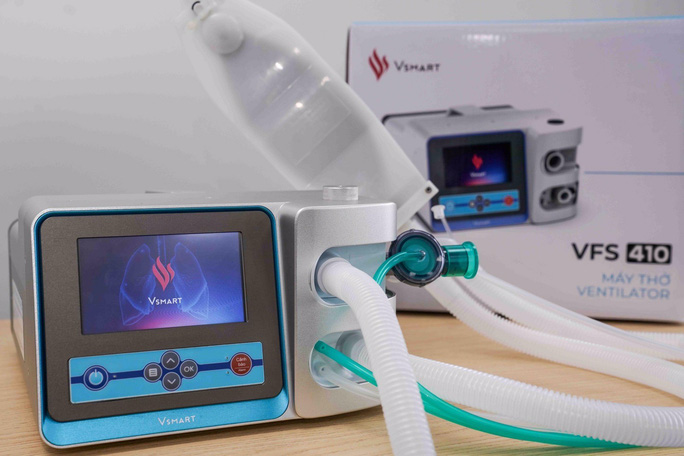 Hai mẫu máy thở do Vingroup sản xuất sắp ra thị trường - Ảnh 1.