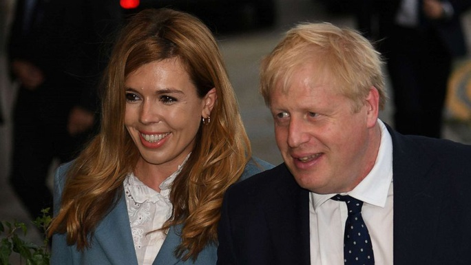 Vừa chữa khỏi Covid-19, thủ tướng Anh đón thêm tin vui - Ảnh 1.