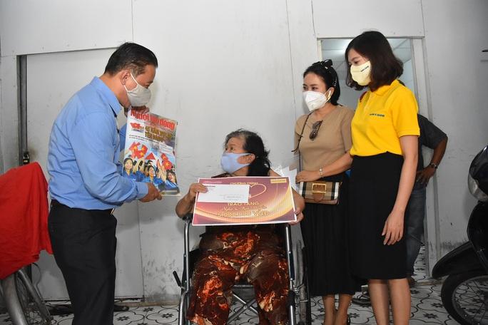 Mai Vàng nhân ái đến thăm nhạc sĩ Mặc Thế Nhân, nghệ sĩ Điền Phong và Kim Huyền - Ảnh 6.