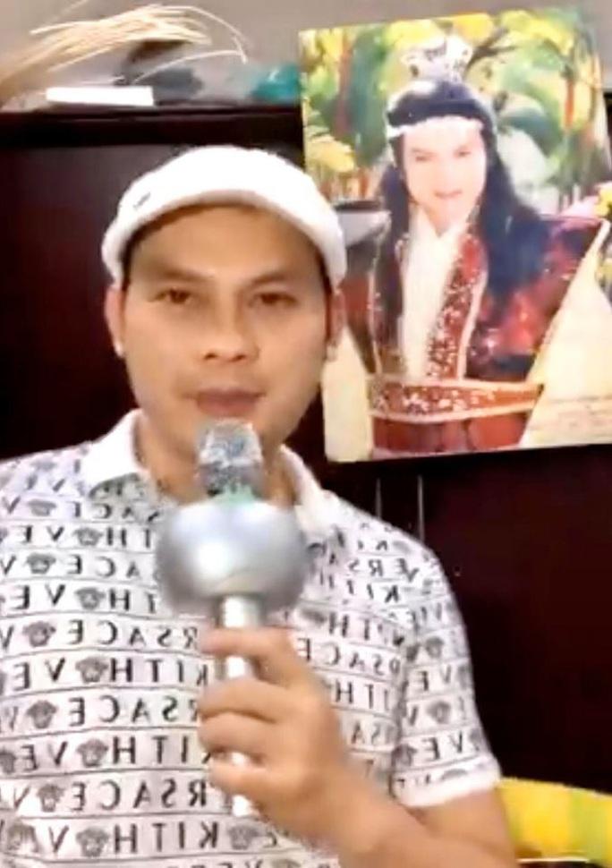 Nghệ sĩ hát trực tuyến tại nhà tặng khán giả trong mùa dịch Covid-19 - Ảnh 8.
