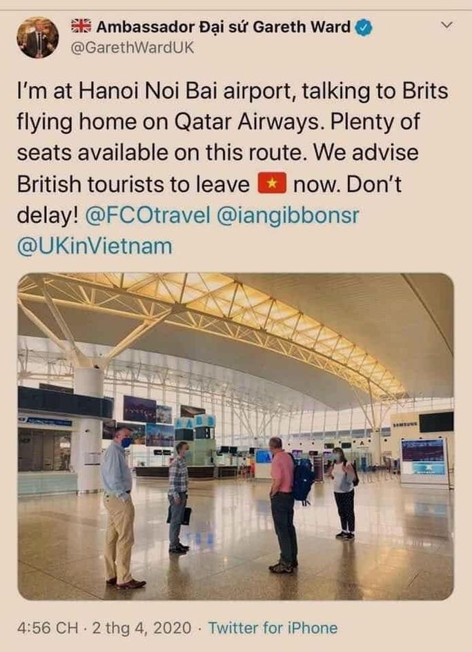 Không có chuyện đại sứ quán các nước cảnh báo người dân rời khỏi Việt Nam gấp - Ảnh 1.