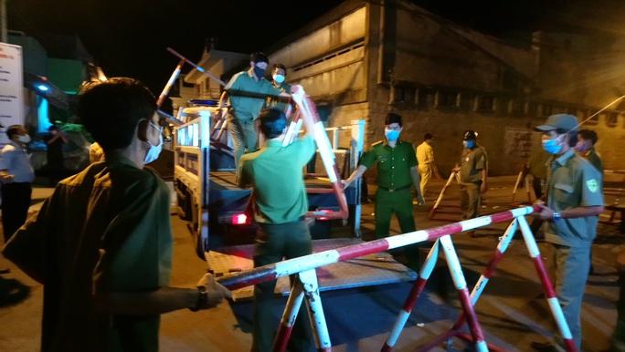 Dỡ bỏ phong tỏa vì Covid-19 ở hai tuyến phố Bình Thuận - Ảnh 1.