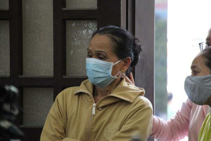 Nghẹn ngào lễ viếng hai công an Đà Nẵng hy sinh khi truy đuổi tội phạm - Ảnh 3.