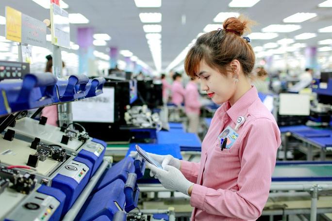 Tiêu thụ tại Mỹ và châu Âu lao dốc, Samsung Việt Nam giảm mục tiêu xuất khẩu 5,8 tỉ USD - Ảnh 1.