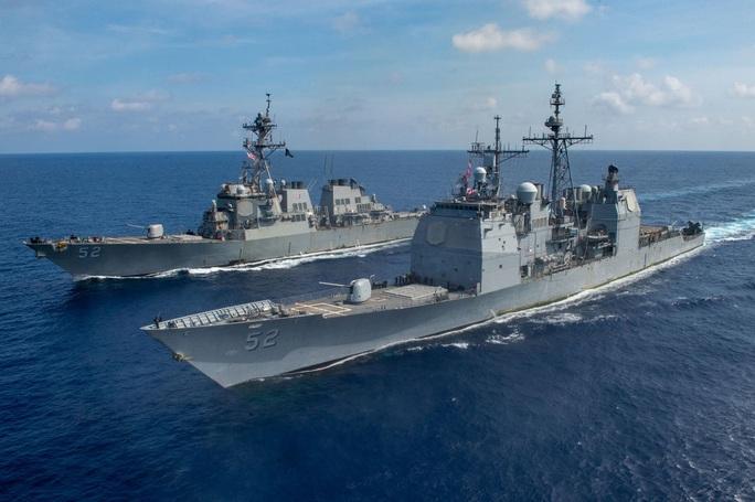 """Trung Quốc """"khuấy động"""" biển Đông, tàu chiến Mỹ tuần tra gần Trường Sa - Ảnh 1."""