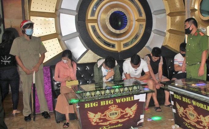 Quảng Nam: Lại phát hiện 8 thanh niên vào quán karaoke dùng ma túy giữa mùa dịch - Ảnh 3.