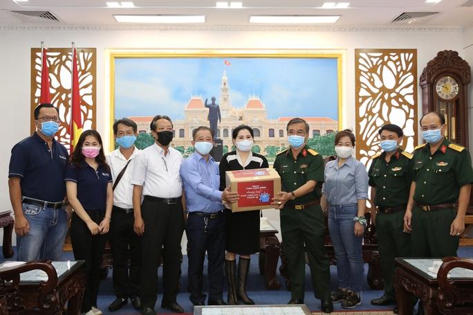 Công ty CP Đầu tư SK đồng hành cùng Báo Người Lao Động chung tay phòng, chống dịch Covid-19 - Ảnh 2.