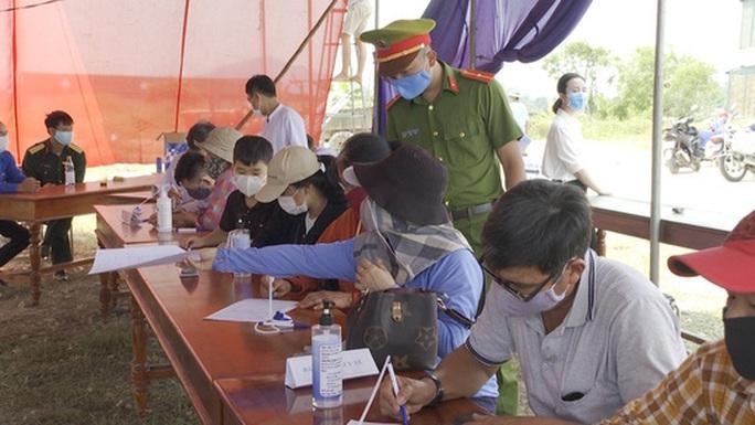 Sở Y Tế tỉnh Bình Dương thông tin về ca nhiễm Covid-19 liên quan 1 công dân Hàn Quốc - Ảnh 4.