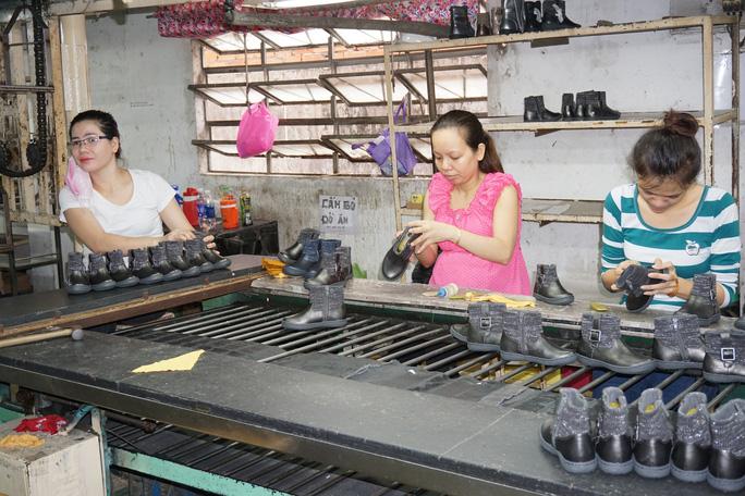 Doanh nghiệp cho thuê lại lao động sai quy định bị phạt đến 100 triệu đồng - Ảnh 2.