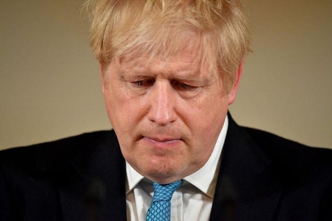 Tin thêm về sức khỏe của thủ tướng Anh - Ảnh 1.