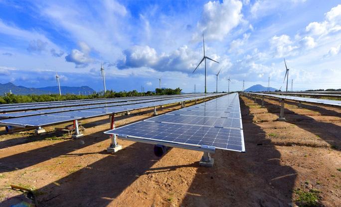 Chốt giá mua điện mặt trời mái nhà là 1.943 đồng/kWh - Ảnh 1.