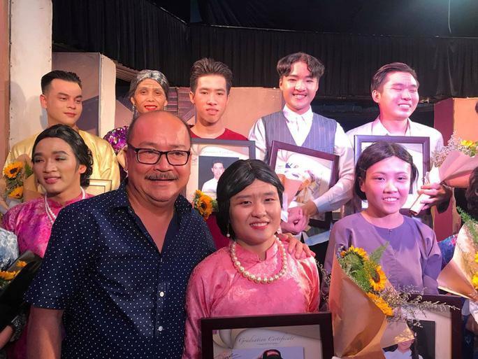 Nghệ sĩ Hoàng Sơn: Sân khấu kịch chuẩn bị trở lại trong tư thế mới - Ảnh 2.