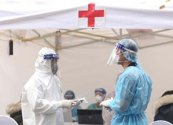 Không ghi nhận ca Covid-19 mới sáng nay 10-4, dự kiến 14 bệnh nhân khỏi bệnh - Ảnh 1.