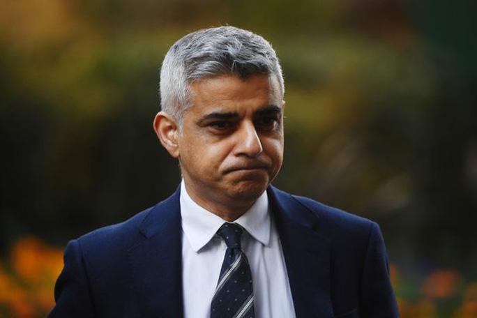 Thị trưởng London quyết phạt nặng HLV Mourinho vì cãi lệnh - Ảnh 5.