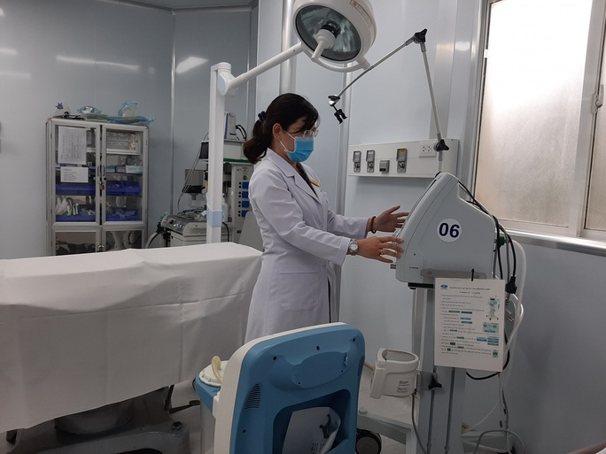 Đi xem phòng điều trị Covid-19 ở bệnh viện quận 2 - Ảnh 2.