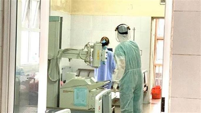 Bệnh nhân số 51 dương tính trở lại với SARS-CoV-2 sau 2 lần âm tính - Ảnh 1.