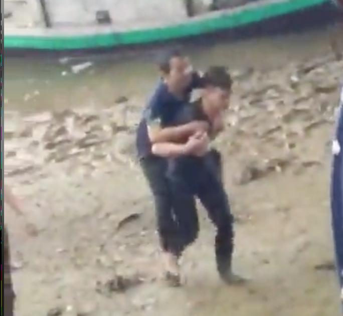 Nam sinh viên người Lào dũng cảm lao xuống sông cứu người đàn ông nhảy cầu - Ảnh 1.