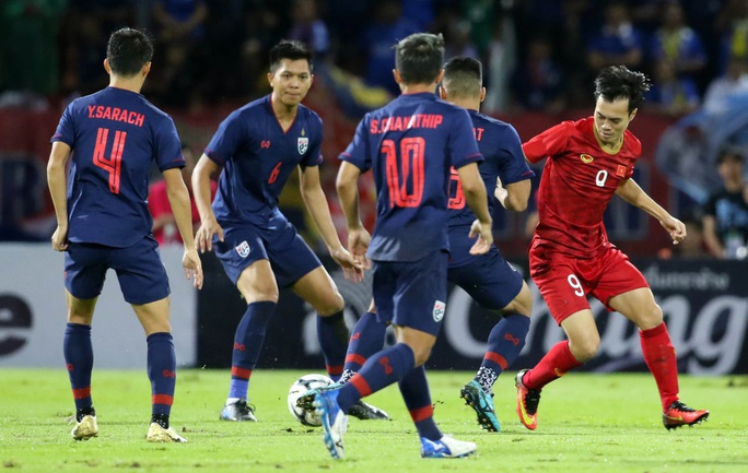Tuyển Việt Nam nuôi mộng World Cup, còn người Thái Lan làm lại từ AFF Cup - Ảnh 4.