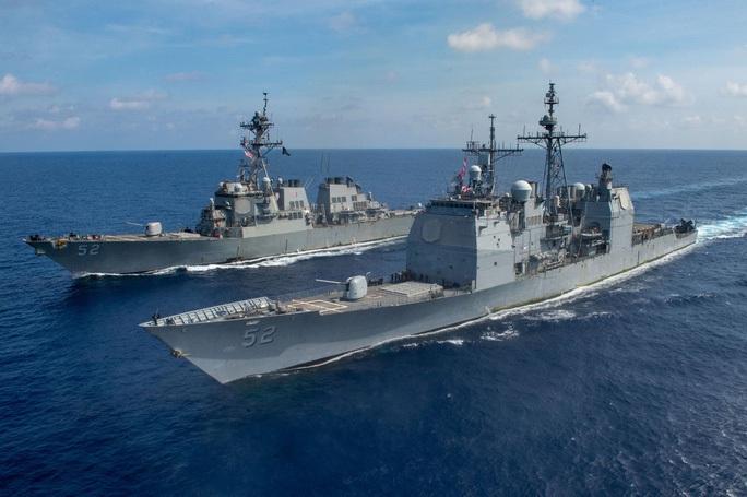 Cận cảnh các tàu chiến Mỹ thách thức Trung Quốc ở biển Đông - Ảnh 10.