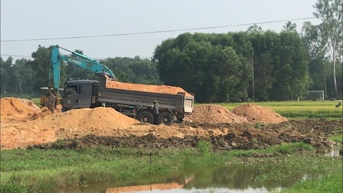 Thừa Thiên – Huế xử phạt hơn 1.500 xe tải trong một tháng - Ảnh 1.