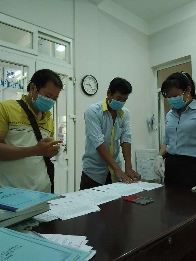 Tái diễn tình trạng mượn hồ sơ người khác tham gia bảo hiểm - Ảnh 1.