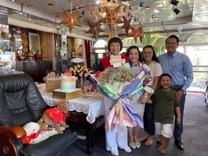 Mừng sinh nhật, NSND Minh Vương vẫn trăn trở về sàn diễn cải lương - Ảnh 2.