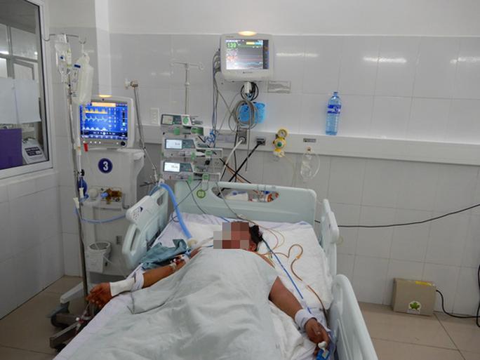 Gia đình 3 người bị ngộ độc nấm ở Quảng Ngãi đã tử vong - Ảnh 1.