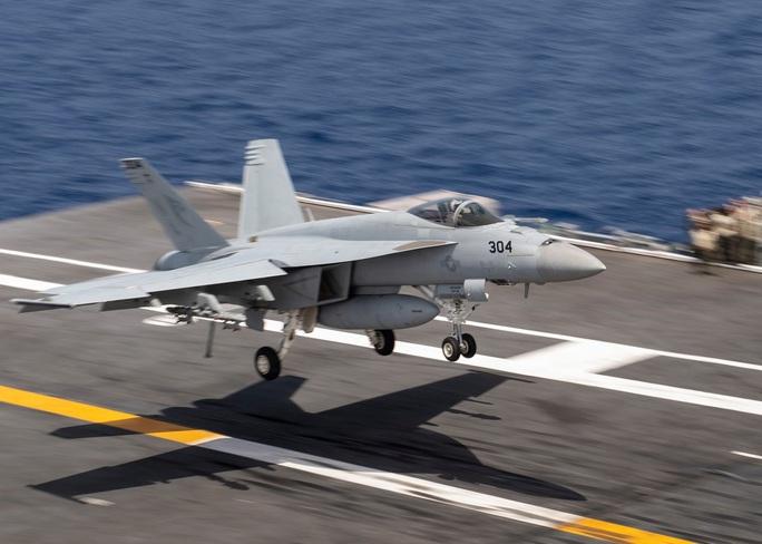 Tung đồng loạt 6 tàu sân bay, Mỹ cảnh báo đừng lầm tưởng đánh bại được Mỹ - Ảnh 3.