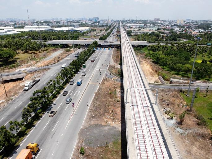Cận cảnh Depot và ga trên cao tuyến metro Bến Thành - Suối Tiên - Ảnh 10.