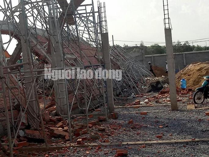 Sập công trình ở tỉnh Đồng Nai, 10 người thiệt mạng - Ảnh 10.