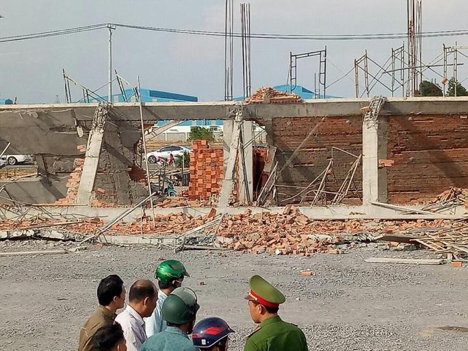 Bắt Giám đốc Công ty Hà Hải Nga để điều tra vụ sập tường làm 10 người chết ở Đồng Nai - Ảnh 1.