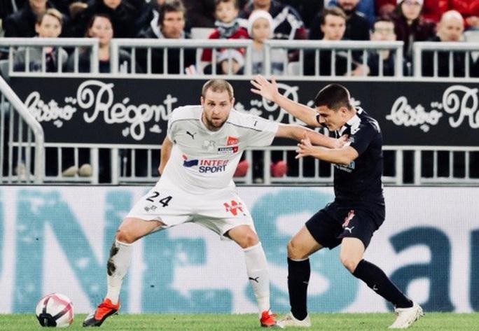 Hủy bỏ mùa giải sớm, Ban tổ chức Ligue 1 sắp hầu tòa - Ảnh 1.