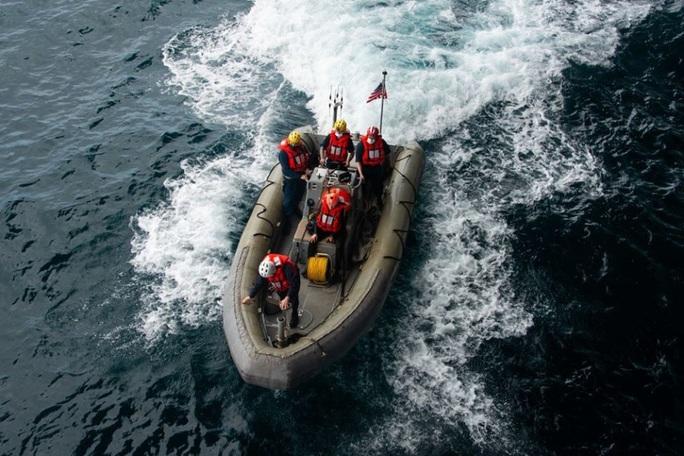 Tàu chiến Mỹ qua eo biển Đài Loan, hoạt động mạnh trên Thái Bình Dương - Ảnh 6.