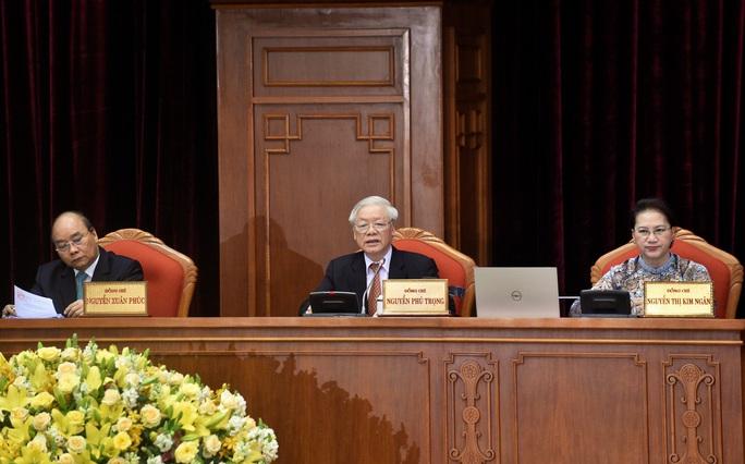 Bế mạc Hội nghị Trung ương 12, quyết định phương hướng nhân sự khóa XIII - Ảnh 5.