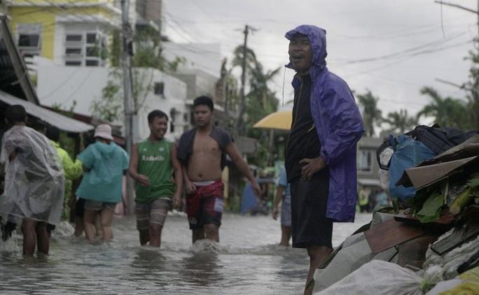 Philippines: Bão Vongfong thổi bay nhà cửa - Ảnh 3.