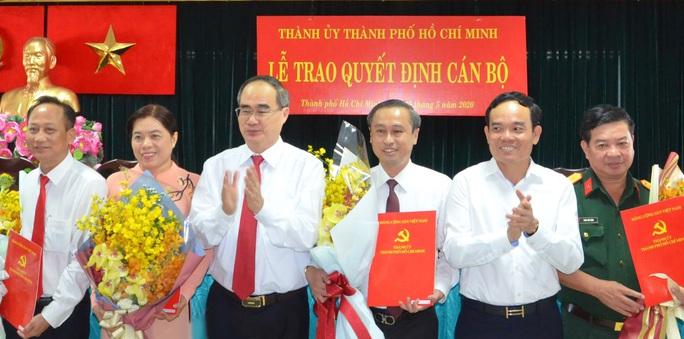 Ban Bí thư chỉ định 5 Ủy viên Ban Chấp hành Đảng bộ TP HCM  - Ảnh 2.