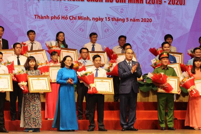 TP HCM long trọng tổ chức lễ kỷ niệm 130 năm ngày sinh Chủ tịch Hồ Chí Minh - Ảnh 2.