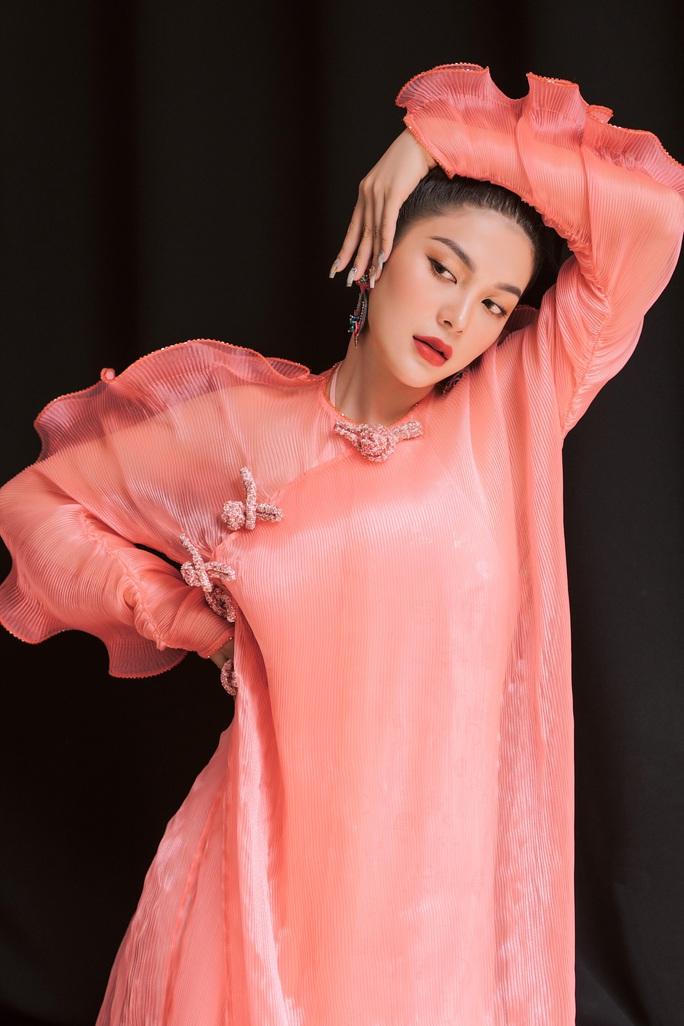 Ca sĩ, diễn viên Lily Chen: À chuyện bán thân…. - Ảnh 2.