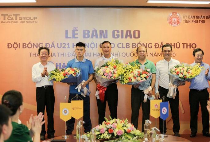 Bầu Hiển góp lực cho CLB đang chơi bóng ở Giải hạng Nhì quốc gia - Ảnh 1.