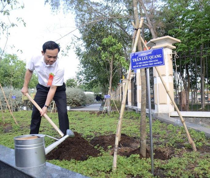 TP HCM phát động Tết trồng cây nhớ ơn Bác Hồ - Ảnh 5.