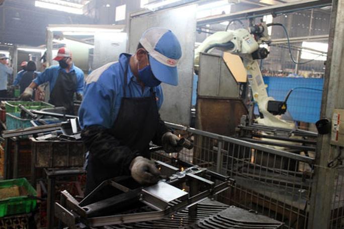 49% vị trí sản xuất sẽ thay đổi trong 3 năm tới - Ảnh 1.
